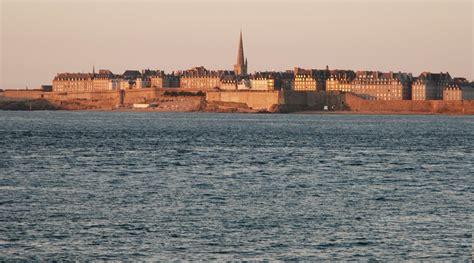 Album photos de Saint Malo et ses marées, le sillon et la digue.