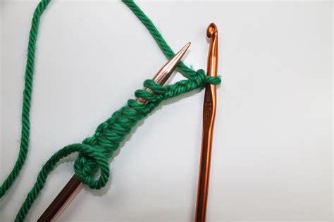 crochet cast knitting crochet cast on tutorial for knitting