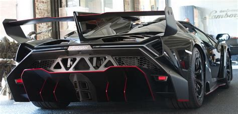 Lamborghini Veneno Roadster.Polish black carbon red