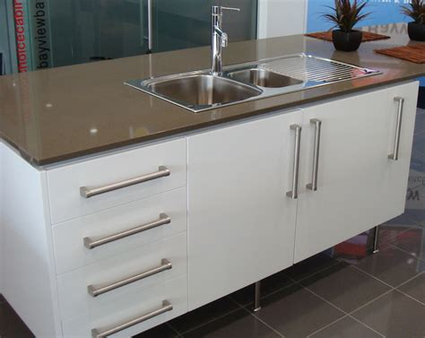 handles for kitchen cabinet doors the right type of kitchen cabinet door handles for our