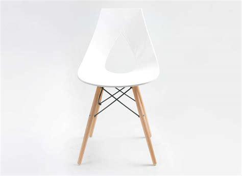chaise design scandinave blanche eiffel noir rubann w achatdesign