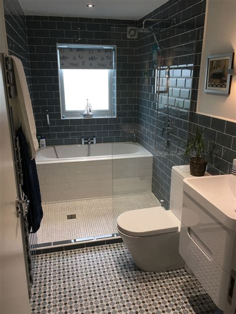 design a bathroom layout 25 best ideas about bathroom layout on master