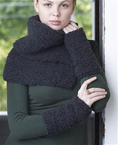 collar scarf knitting pattern free knitting pattern collar and cuffs which scarf to