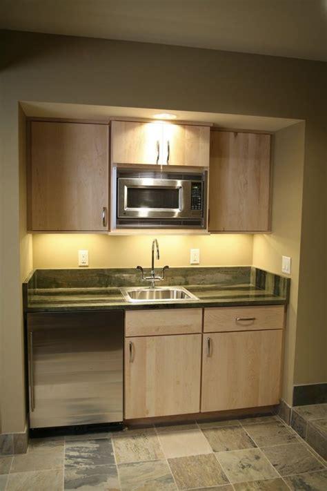 small basement kitchen ideas 25 best ideas about basement kitchenette on
