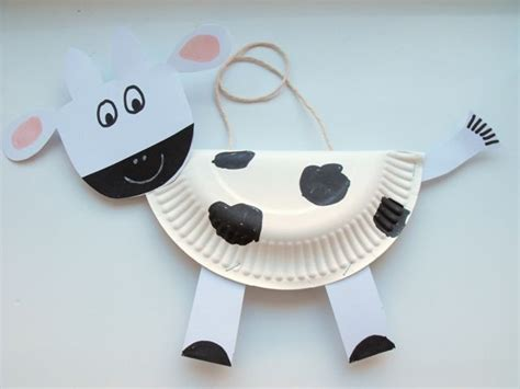 paper plate cow craft paper plate cow letter c crafts