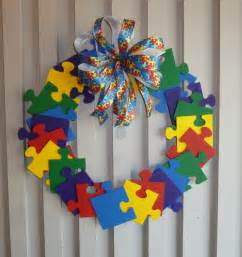 crafts for with autism autism awareness wreath painted wooden puzzle pieces