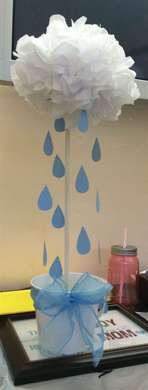 centerpiece for a baby shower 25 best ideas about shower centerpieces on