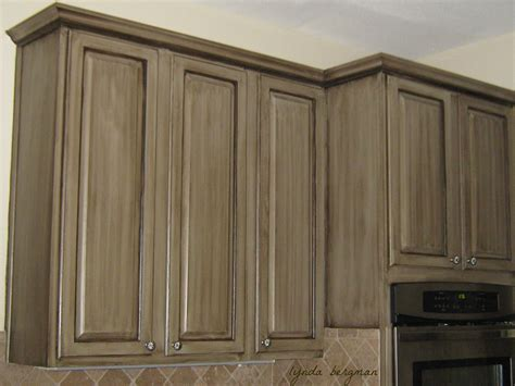 special paint for kitchen cabinets lynda bergman decorative artisan painting a glazed
