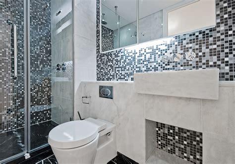 Tile Ideas For Small Bathroom by Bathroom Tiles Design Ideas For Small Bathrooms