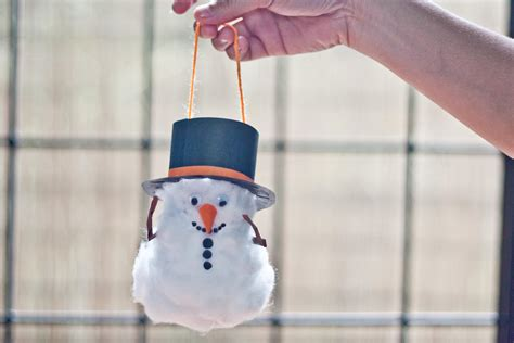 made out of paper how to make a snowman out of a toilet paper roll with