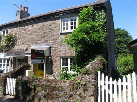 cottage for sale 2 bedroom cottage for sale in kingston tq7