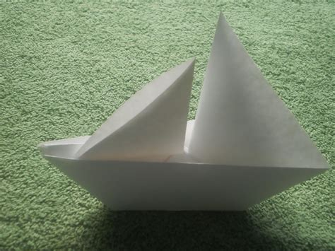 origami sailboat that floats how to make paper boats that float readish course 1539