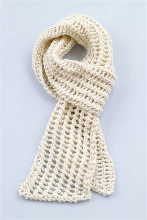 knitting loom scarf patterns free 25 best ideas about loom knitting scarf on