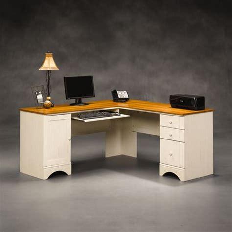 bureau d ordinateur d angle sauder harbor view finition blanc antique avec accents en merisier