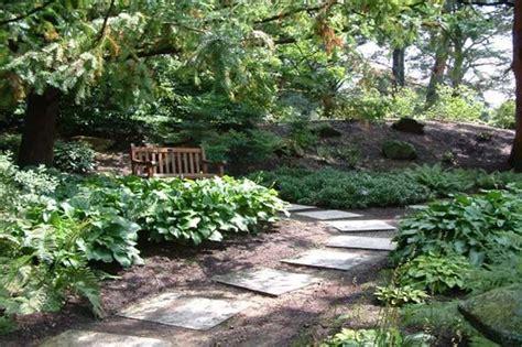 Garden Yard Ideas Small Sloped Front Yard Landscaping Ideas Garden Post