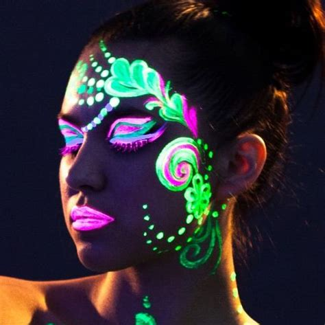 25 Best Ideas About Glow Paint On Glow