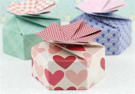 origami petal box 18 best images about self closing box on