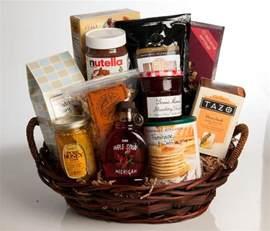 raffle gift ideas best 25 raffle baskets ideas on silent