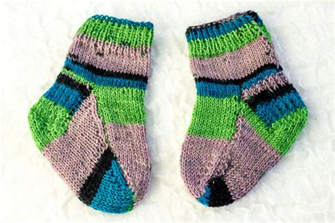 pattern knitting needle knitting pattern two needle baby socks flat sock