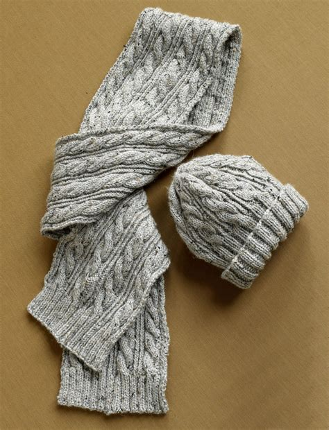 knitting from herdwick dell hat and scarf in brand vanna s choice
