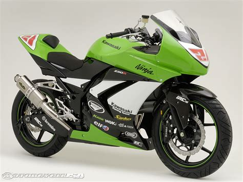 Modifikasi Motor Kawasaki by Modifikasi Motor Kawasaki 250r Oto Trendz