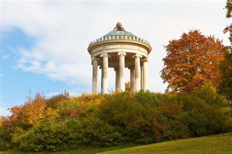 Englischer Garten München Sehenswürdigkeiten by Englischer Garten Mit Monopteros Tempel M 252 Nchen