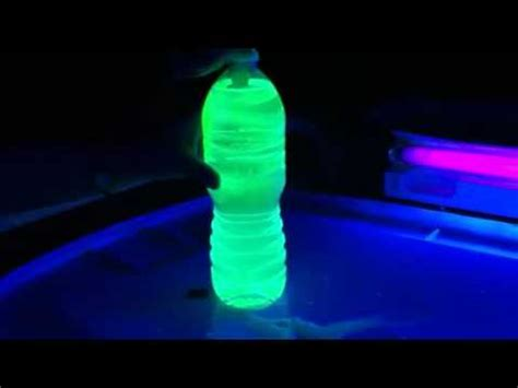 glow in the water how to make glow in the water