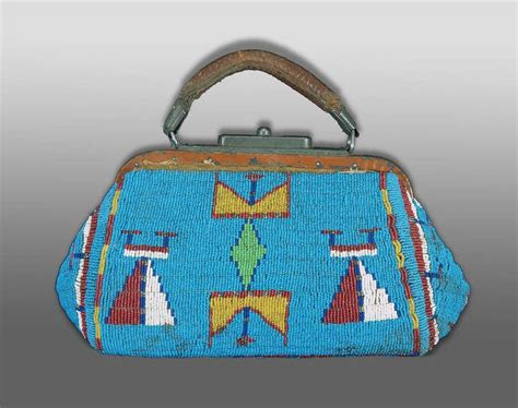 indian beaded purses american indian beaded doctor s bag or purse sioux