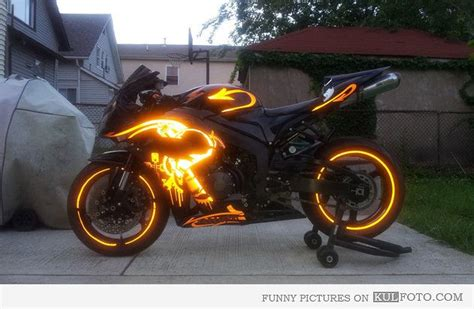glow in the paint motorcycle cool motorcycle paint glowing motorcycle paint
