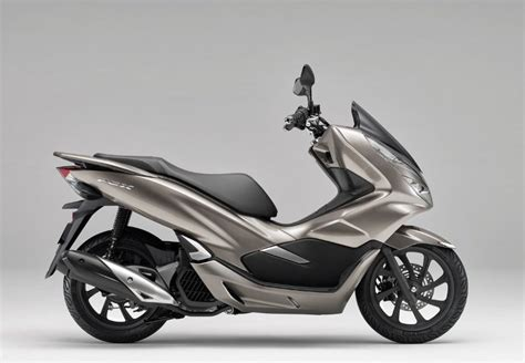 Pcx 2018 Color by 2019 Honda Pcx150 Scooter Review Specs New Changes Pcx