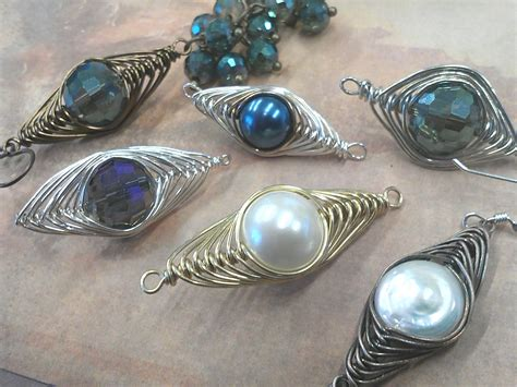 how to wire wrap how to do a herringbone wire wrap rings and things