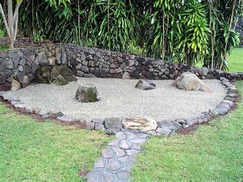 zen rock garden op hale