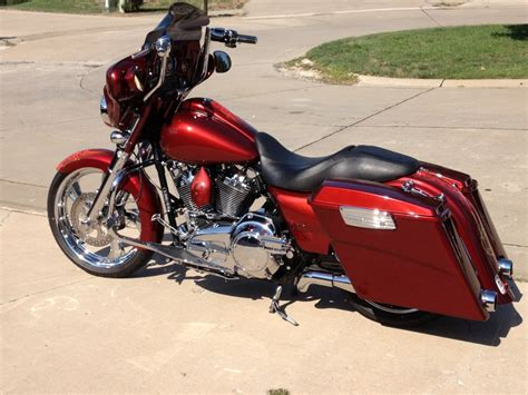 custom paint review harley road glide custom paint motorcycle review and