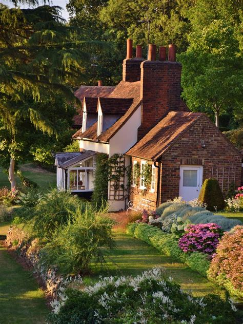 cottage up 25 best ideas about country cottages on