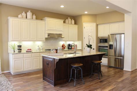 how to color kitchen cabinets choose flooring that compliments cabinet color burrows