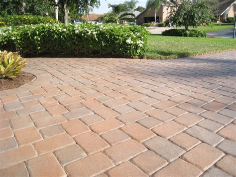 how to clean paver patio cleaning patio pavers how to clean patio pavers patio