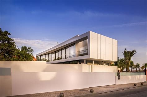 cool home design smart home design cool blue villa by 123dv architecture