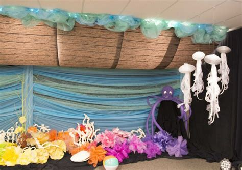 vacation decorations noah s ark decorating idea for commotion vacation