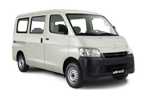 Daihatsu Luxio by Sewa Mobil Luxio Jogja Mobil Keluarga Ideal