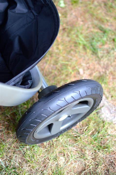 rubber st roller stokke trailz has large air filled tires for all terrain