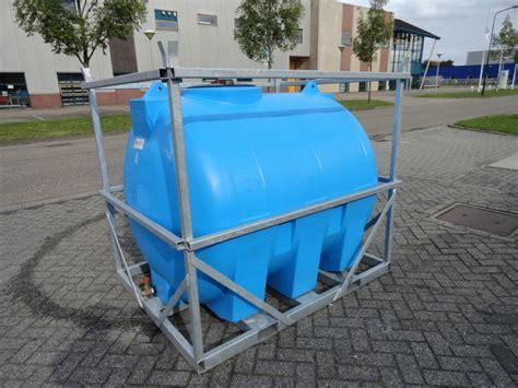 Watertank Toilet by Watertank Wcleek Toilet Verhuur