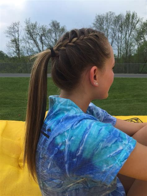 how to style hair for track and field 1000 ideas about soccer hairstyles on pinterest soccer
