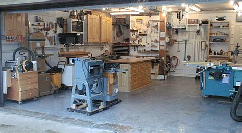 tiny woodworking shop small woodworking shops woodwork book diy ideas