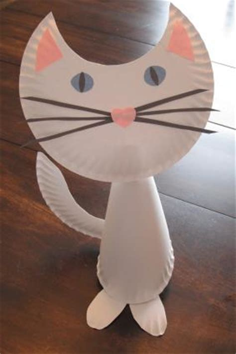 cat paper plate craft how to make a paper plate cat lovetoknow
