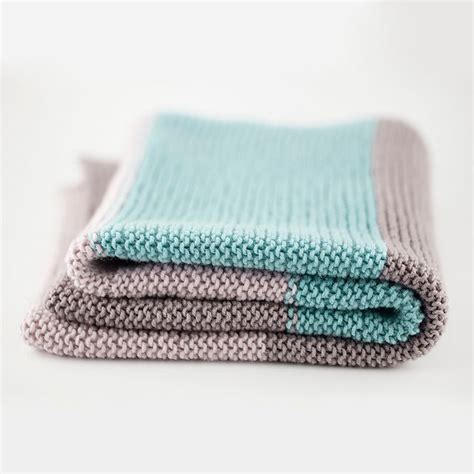 easy knit baby blanket 25 best ideas about easy knit blanket on easy