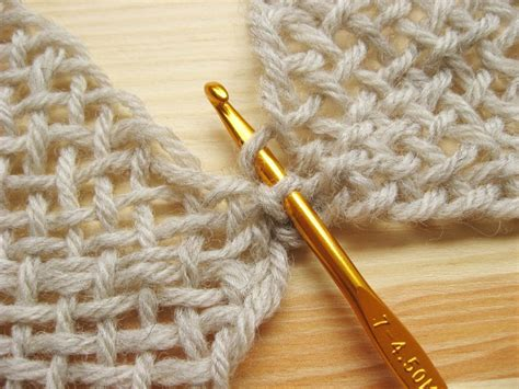 weaving seams in knitting linking woven squares blanket squares and crochet