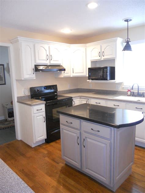 painted cabinets with glaze stephon beachside cottage painted kitchen cabinets white