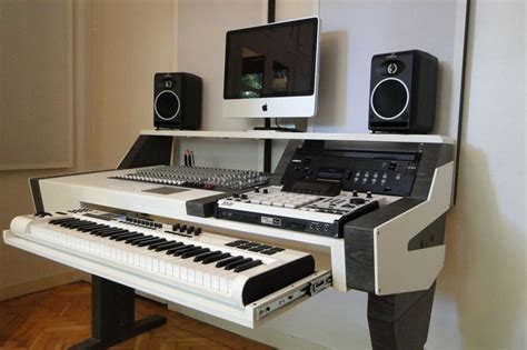 best desk for home studio 25 best ideas about studio desk on audio