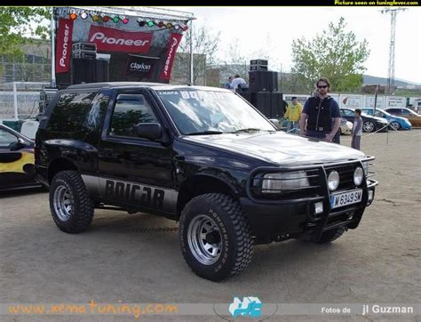 view of opel frontera 2 view of opel frontera 2 0 i photos features and