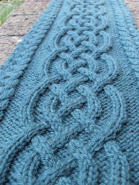 free easy cable scarf knitting patterns 25 best ideas about cable knit scarves on